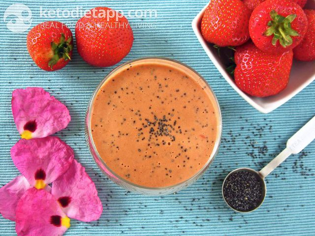 Strawberry & poppy seed vinaigrette