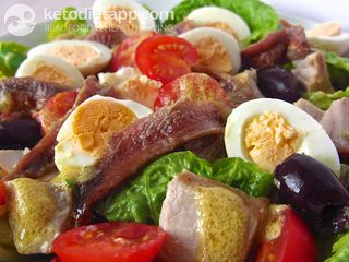 Warm Niçoise salad with quail eggs