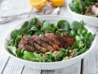Duck salad with orange glaze