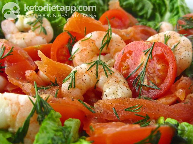 Quick prawn salad