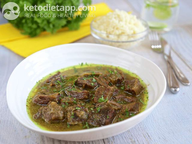 Slow cooked beef korma