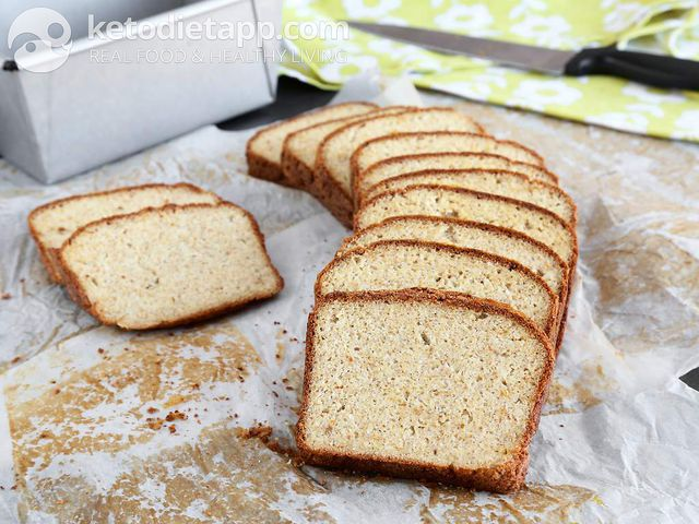 Low-carb sourdough bread